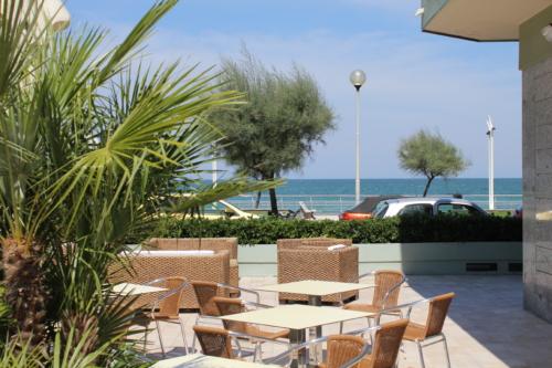 Hotel Metropol, area relax con poltrone